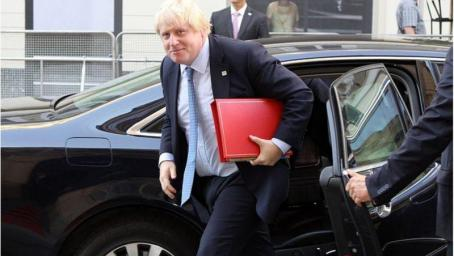 Boris Johnson underlines Oman's 'crucial' role in resolving Yemen conflict during Muscat visit