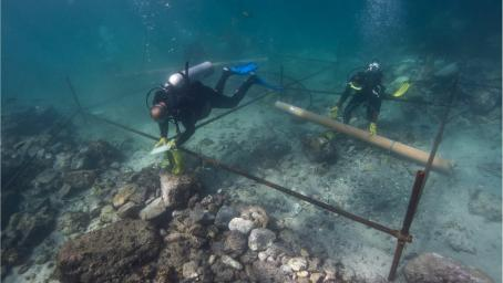 Divers explore wreck of Esmeralda, off Oman